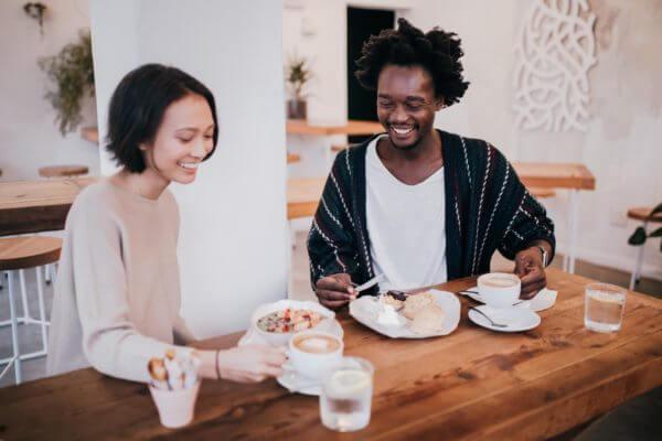 should couples split bills